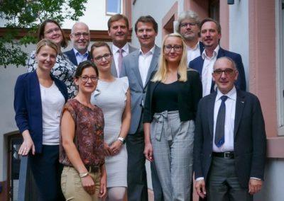 Die Teilnehmer*innen des Kick-Off-Treffens. Bild: MdI